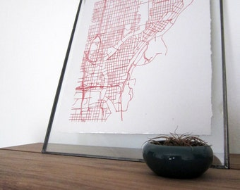 Milwaukee Street Grid Map - Red on Pearl White