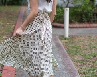 When in spring skirt