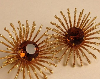 Vintage Earrings. 1960s Spectacular Golden Mum Topaz Clip Earrings. Sarah Coventry. Sunburst Style.