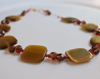 Short necklace, necklace, necklace handmade, faceted glass beads, square pads, shell beads, rock garden, Rose Creations