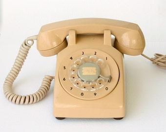 Vintage rotary phone Retro dial phone 70's 80's Salmon pink Mid century Old telephone Classic desk phone Retro home decor