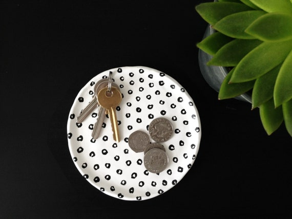 Black and white big dots plate - Ring dish - Trinket dish - Jewellery dish