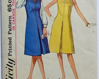 Vintage Simplicity 5393 Sewing Pattern Women's Dress 1960's