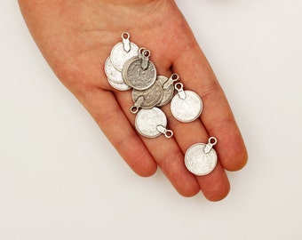 20mm Tribal Kuchi Coins - Vintage Kuchi Coin Pendants - Tribal Coins - Silver Coins - Antique Silver -Bellydance Coins - 5 pcs Silver Charms