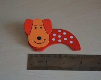 Funny red dog! : clothespin paper.