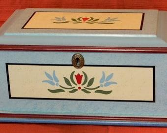 Pennsylvania Dutch Painted Jewelry Box