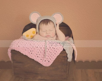 Mouse Bonnet w tail and cheese - baby Bonnet - Baby animal hat - newborn photo prop - crochet baby outfit -character hat - Halloween costume