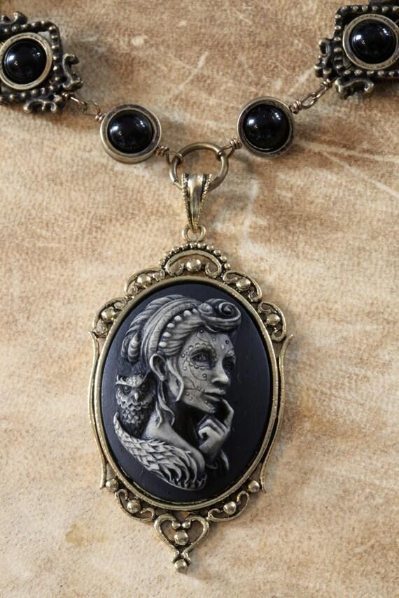 Steampunk Goth Jewelry - Necklace - Dia de la muerte