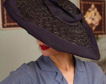 Vintage 1940s Hat - Glamorous Glossy Navy Blue Straw Wide Brim 40s Sun Hat with Wide Grosgrain Ribbon Trim