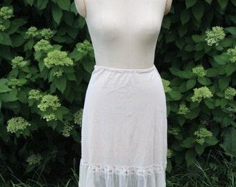 Vintage Anthropologie style skirt, half slip. 28-36 waist