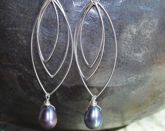 Black Fresh Water Pearl Sterling Silver Earrings * GALAXY * Black Purple Teardrops * Hand Forged Earrings