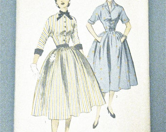 1950s Advance 6114 Vintage Sewing Dress Pattern Fitted Bodice  Full Skirt Uncut Factory Folded  Bust 31