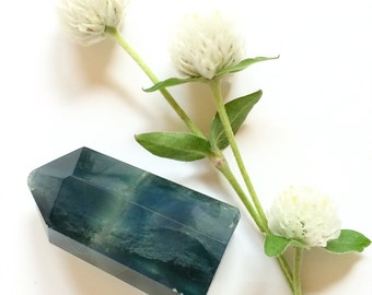 Fluorite Point, Polished Fluorite Crystal, Aqua Blue Green Gemstone, Metaphysical, Reiki Supplies, Altar Decor Wicca Witchcraft Lightworker