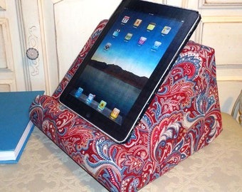 IPad/Book Reading Stand For Your Lap/Padded #iPadPillowStand #LapDesk