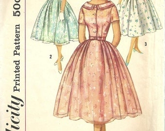Simplicity 2497 / Vintage 50s Sewing Pattern / Dress / Size 13 Bust 33