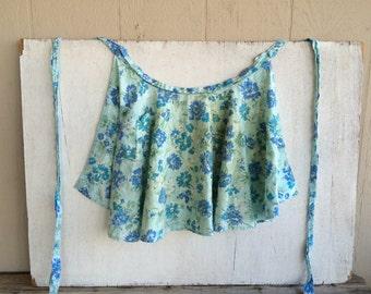 Vintage Blue Floral Half Apron // Vintage Apron // Vintage Kitchen