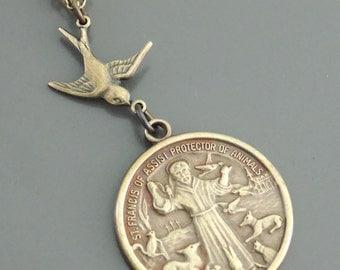 Vintage Necklace - Saint Francis necklace - Brass Necklace - Religious jewelry - Catholic necklace - handmade jewelry