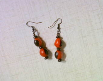 Red and Black Earrings (2207)
