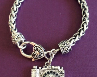 Photography-GORGEOUS, CLASSY, and SPARKLY - Sterling Camera, Photographer Charm Bracelet