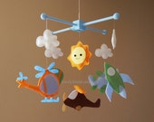 "Baby Mobile - Hot air balloon Crib Mobile - ""Flying under the cloud ""  - Handmade Nursery Mobile (Match your bedding)"