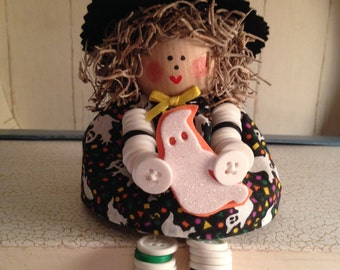 Dailey's Darlings - Witch Button Doll