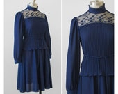 70s Party Dress / 1970s Navy Blue Jersey & Lace Dress / Two Piece Dress Set / High Collar Accordion Pleated Midi Dress / S/M