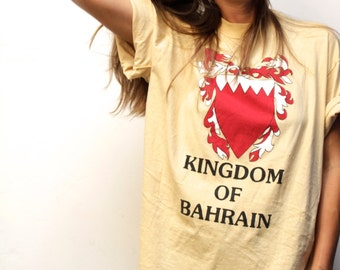 vintage KINGDOM of BAHRAIN slouchy KNIGHT t-shirt