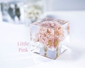 Little Flower resin Cube -4 colors - real dried flower, yellow, pink, Lavender, Starry flower