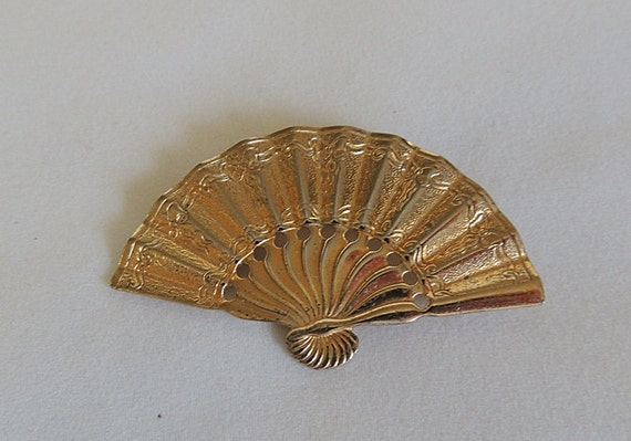 Vintage Napier Gold Over Sterling Silver Open Fan Brooch / Pin.. Nice Detail
