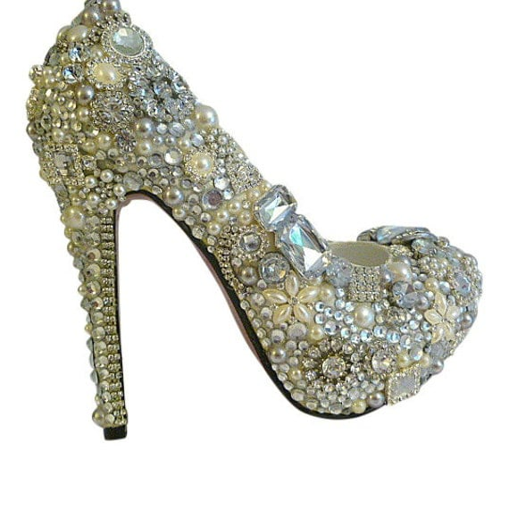 Cinderellas Wish .. Crystal High Heels .. Winter Wedding .. Pearl and Crystal Wedding Shoes .. Custom Design...FREE Postage within the USA