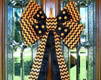 Burlap Halloween Bow Hanger