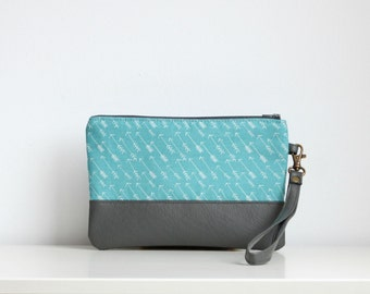 Blue fashion wristlet Clutch Purse Wallet Vegan Faux leather Retro Vintage Aqua Arrows