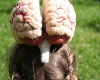 ANATOMICAL BRAIN MODEL needle felted - made by order