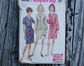 Simplicity 6698 1960s 60s Sheath Shirtwaist Dress Vintage Sewing Pattern Size 14 Bust 34