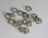 40 Matte Antiqued Silver 4mm Open Jump Rings Mt274