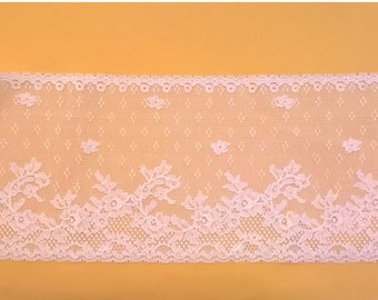 Vintage French Lyon Lace - White 6 1/2 Inch Trim - Floral Design - Bridal, Fashion, Lingerie Lace - Made in France Lace