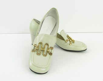 Roland Cartier Pumps - Vintage 1960s Womens Cream Loafers Shoes in 7 US 37 Euro - Deadstock Unworn