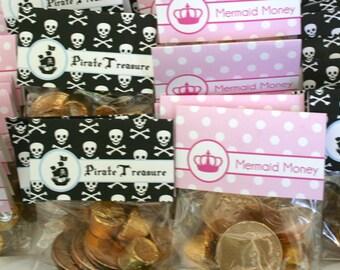 Treasure Toppers- Pirates vs. Mermaids by Bloom