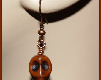 Chocolate howlite skull earrings-Goth Fantasy Paranormal Halloween jewelry-antiqued copper w skull earrings-Spooky scary fun earrings-SRAJD