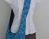 The Sling Bag, Cross-body Bag, Medium - Reversible - Forget Me Not - Blue Floral