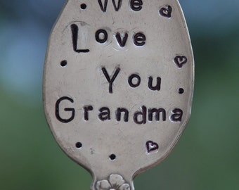 WE LOVE You GRANDMA stamped Spoon with Hearts and Dots Garden Marker Art Sign vintage silver plate great for your Flower Pots or Garden