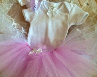 Baby Girl Classic Lavender and White TuTu Set with Headband Size preemie Newborn 0-3 months