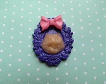 Ghost Cat Brooch/Pendant (purple/pink)