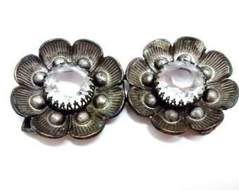 Antique Silver Metal Flower Belt Buckle Set Clear Faceted Glass Stone  Repousse Metal Flowers Wedding Bridal Belt Clip Sash Clip DD 681