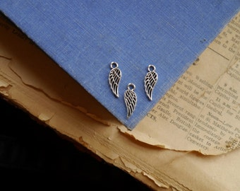 25 pcs Antique Silver Wing Charms Drops 18mm (SC2588)