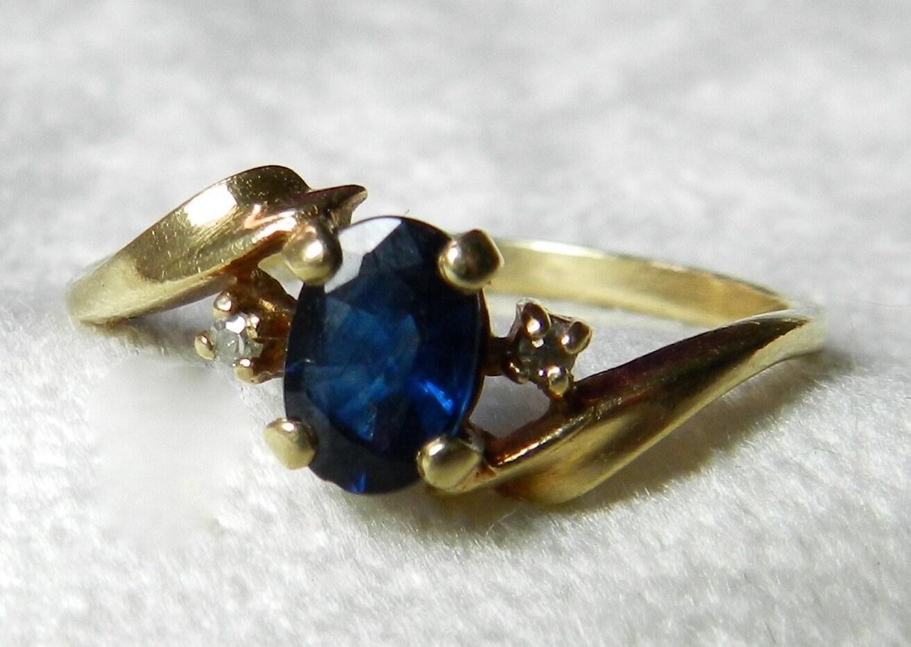 sapphire engagement ring genuine blue sapphire vintage ring. Black Bedroom Furniture Sets. Home Design Ideas