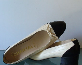 Made in Italy Cream & Black Chantal Captoe  Pumps Size 8M US