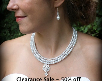 Pearl Necklace-Vintage Necklace-Wedding Jewelry-Bridal Necklace-Pearl Backdrop Necklace-Rhinestone-White Pearl