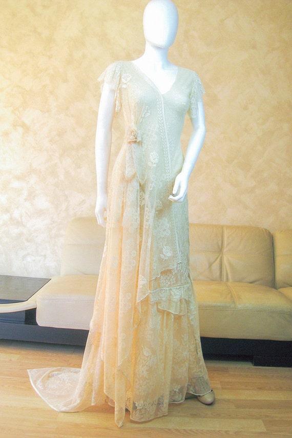 Boho Wedding Dress Nottingham : Bohemian lace wedding dress with an asymmetrical train