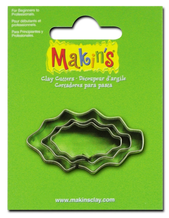 """3 piece holly cookie cutter set with sizes from 7/8"""" to 1-3/4"""" tall"""